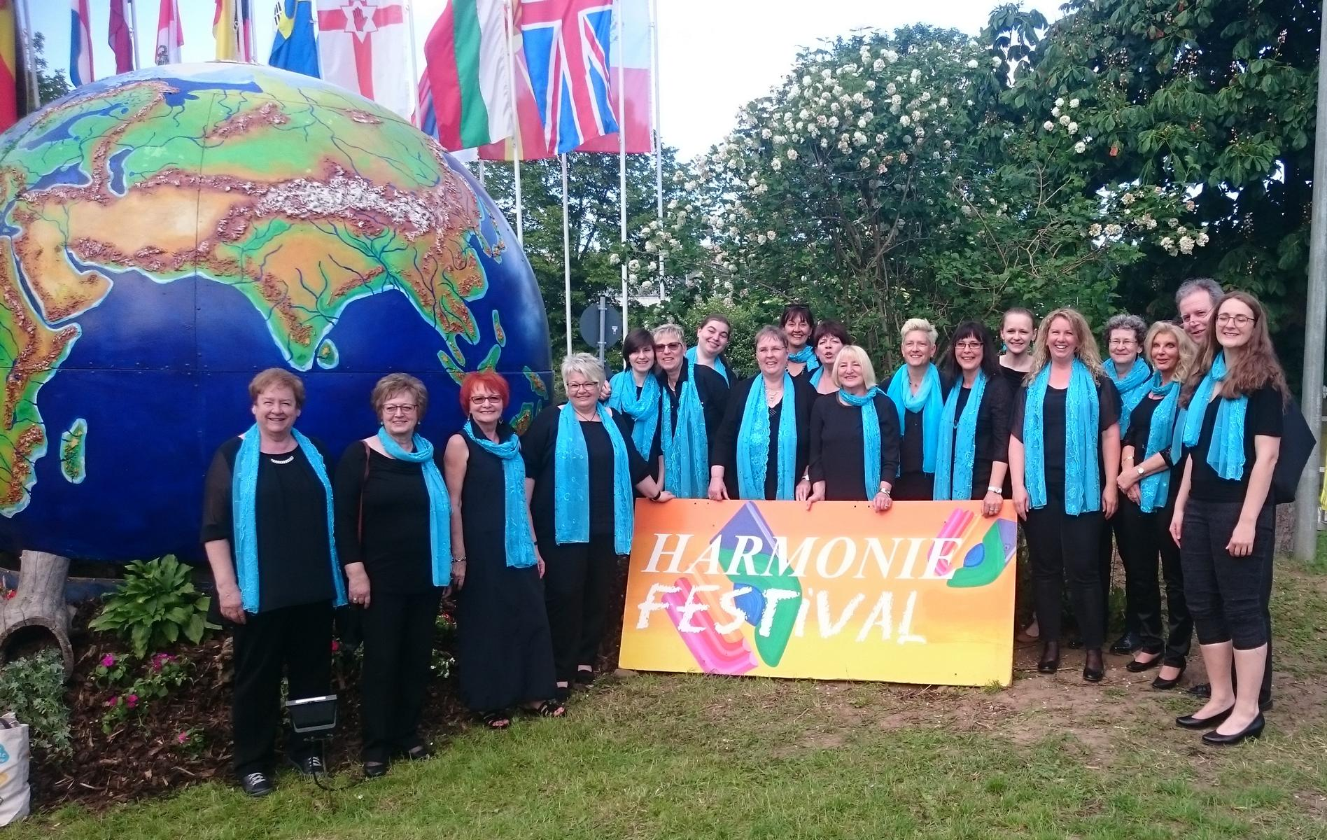 1. Die Happy Voices beim Harmonie Festival in Lindenholzhausen